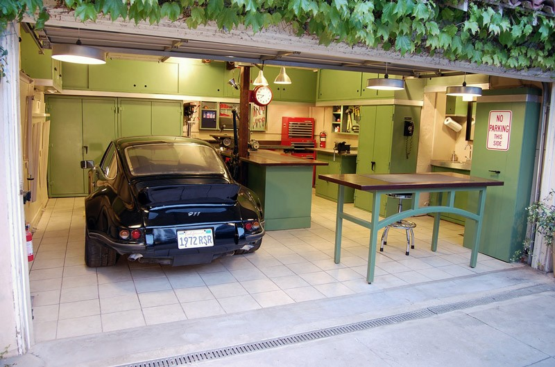 The best garages we ve ever seen hill country overhead do